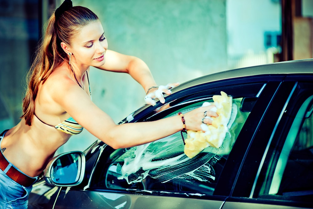 Sexy Car-Wash buchen